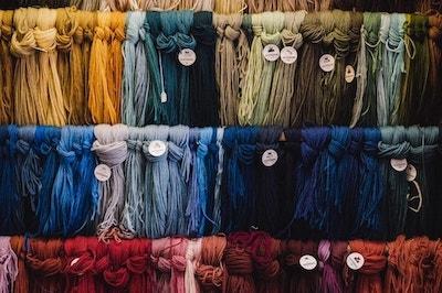 Aybel Textielverf 510 maranda-vandergriff-YeWfFANhSUo-unsplash-min